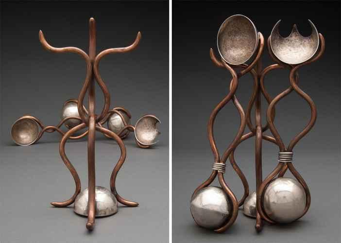 small metal art sculpture